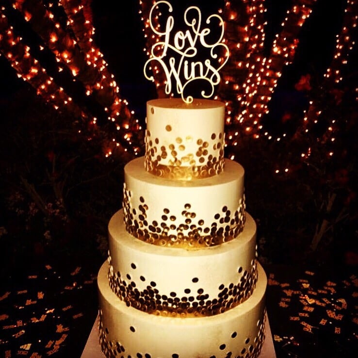 New Year S Eve Wedding Cake Champagne Themed Wedding They Killed
