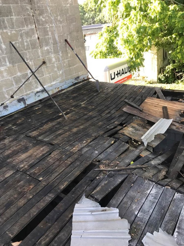 Indy Commercial Roofing Company: 403 S Jefferson St, Silver Lake, IN