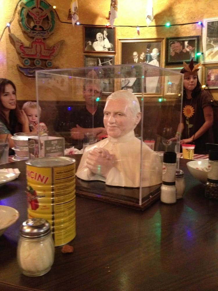 The pope in the middle of the pope table yelp - Buca di beppo pope table ...
