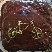 Einmal Im Photo Of Kiez   Küche   Berlin, Germany. Kuchenbestellung Für  Einen Fahrradmonteur :