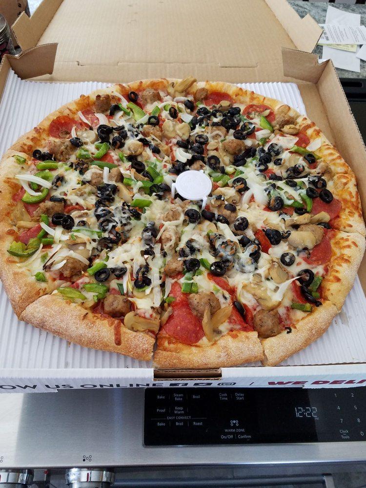 Marco's Pizza: 2610 Calumet Dr, Sheboygan, WI