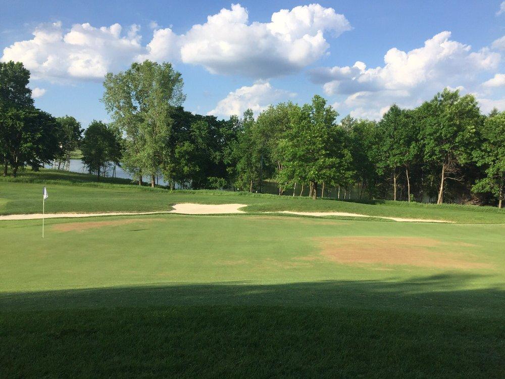 Royal Golf Club: 11455 20th St N, Lake Elmo, MN