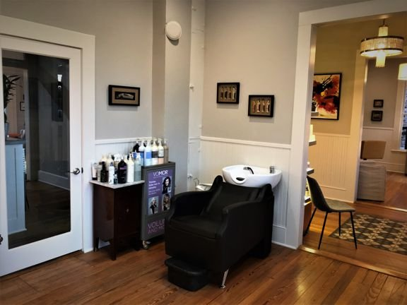 Scott & Co Salon & Spa: 22A US Highway 87, Comfort, TX