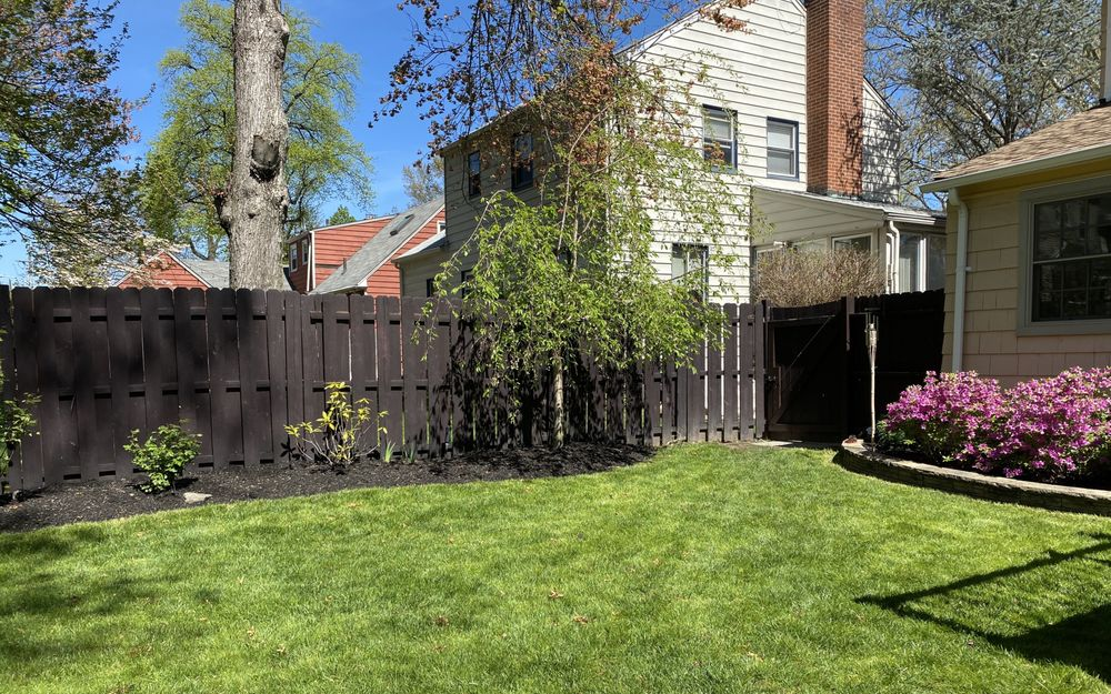 Touch of Class Lawn Care: East Orange, NJ