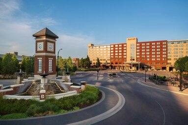 Marriott Hotel Coralville Hotel & Conference Center: 300 East 9th St, Coralville, IA