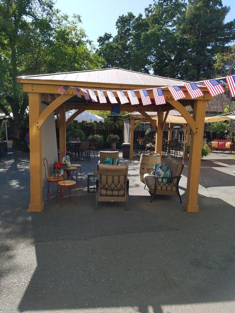 Wildhurst Vineyards: 3855 Main St, Kelseyville, CA