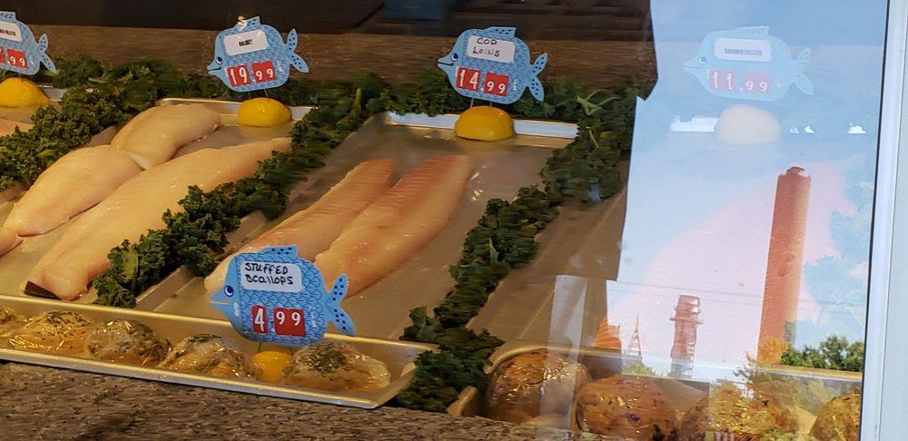 Superior Lobster & Seafood: 8 Gallo Rd, Sandwich, MA