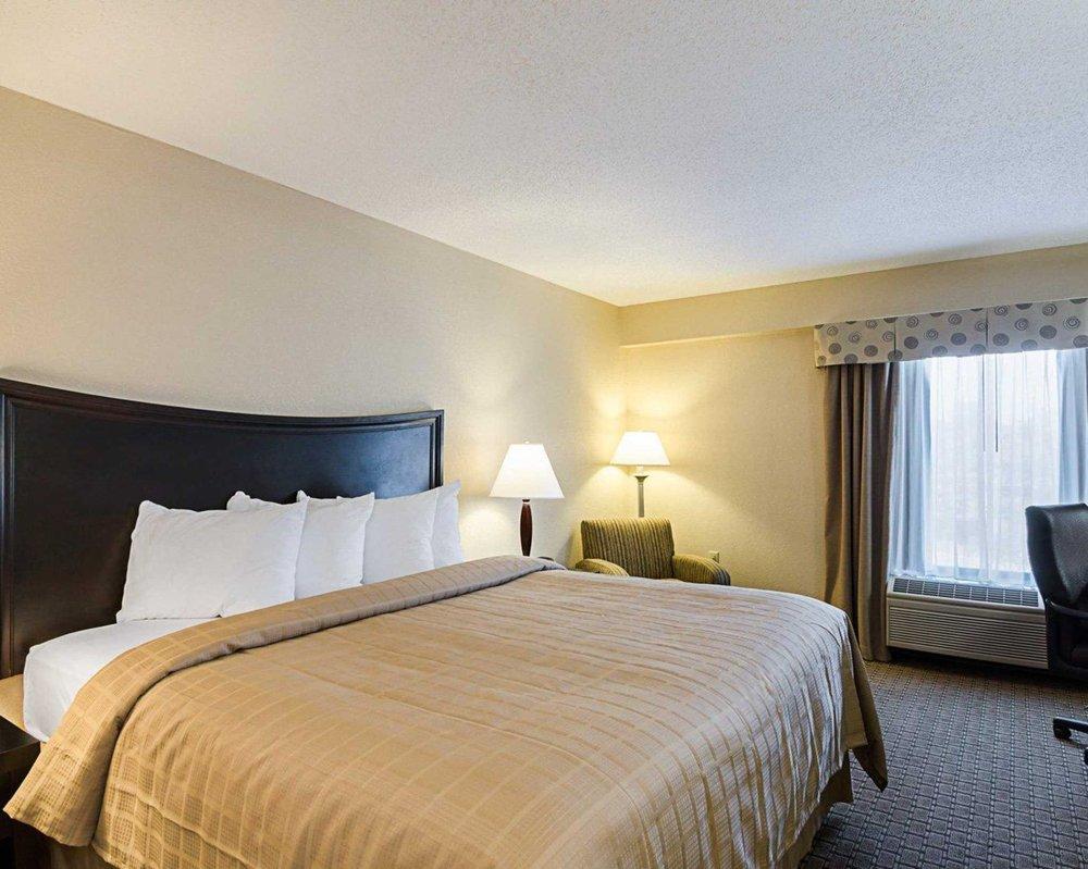 Quality Inn Troutville - Roanoke North: 3139 Lee Hwy South, Troutville, VA