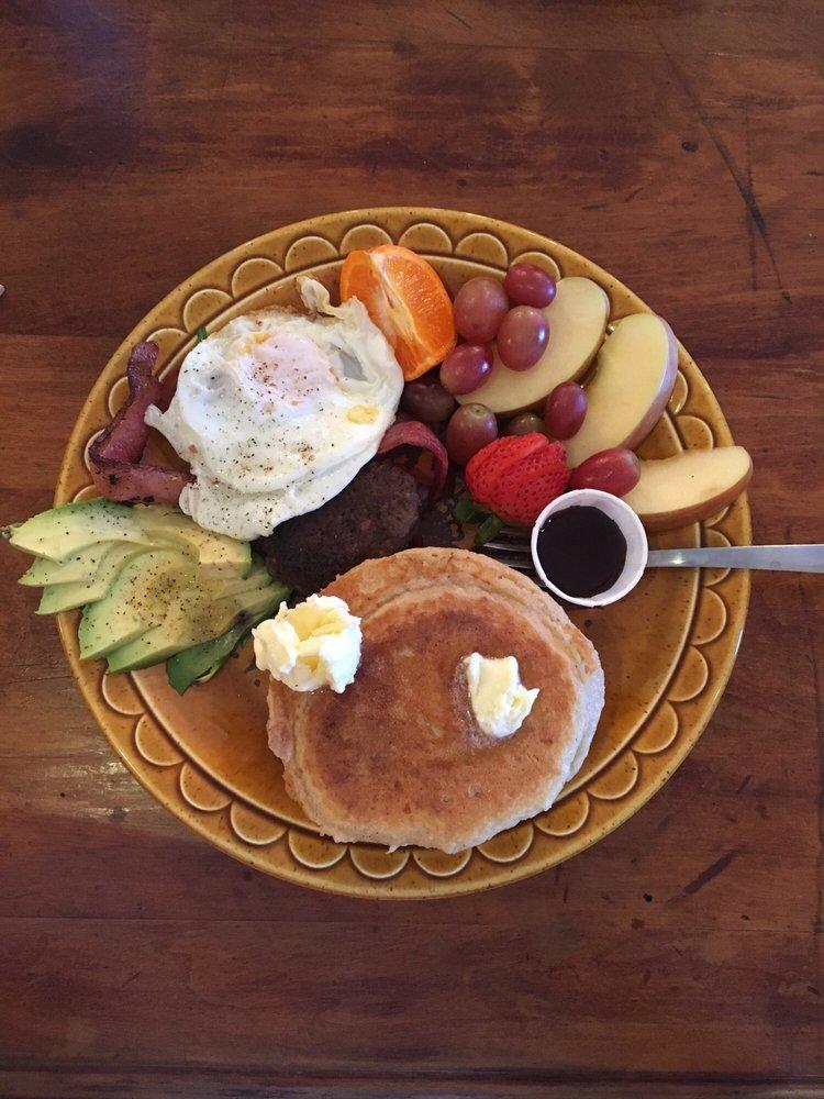 Gather Paleo Cafe & Market: 2401 Port Neches Ave, Port Neches, TX
