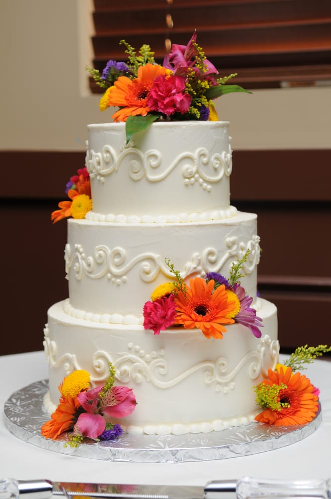 Cake Art In Salisbury Md : Simple beauty wedding cake w/ scroll and fresh flowers - Yelp