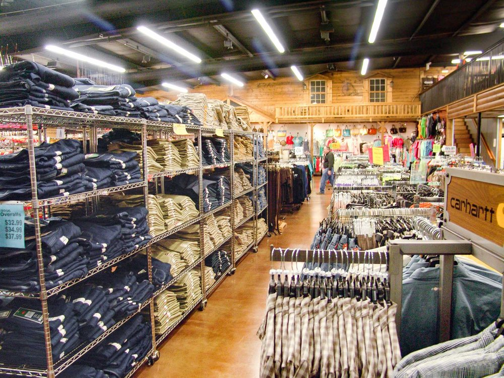 Lawson's Outdoors: 536 N Military St, Loretto, TN