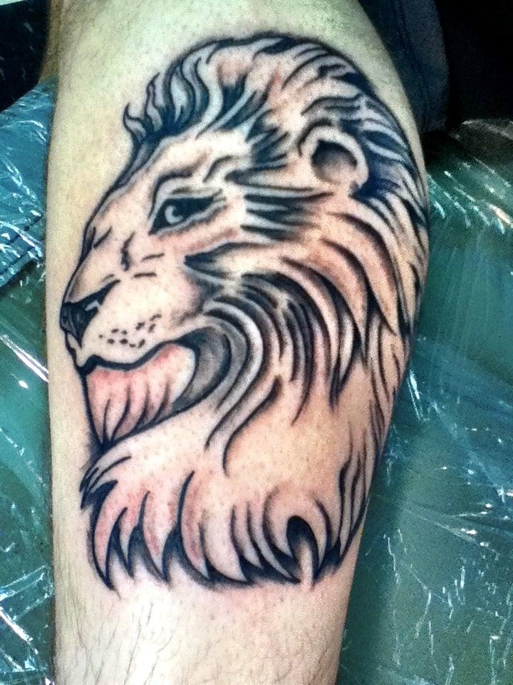 Monarch Tattoo: 201 /2 E 7th St, Emporia, KS