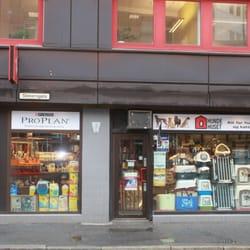 Svært Hundehuset - Pet Stores - Lilletorget 1, Grønland, Oslo, Norway ST-55