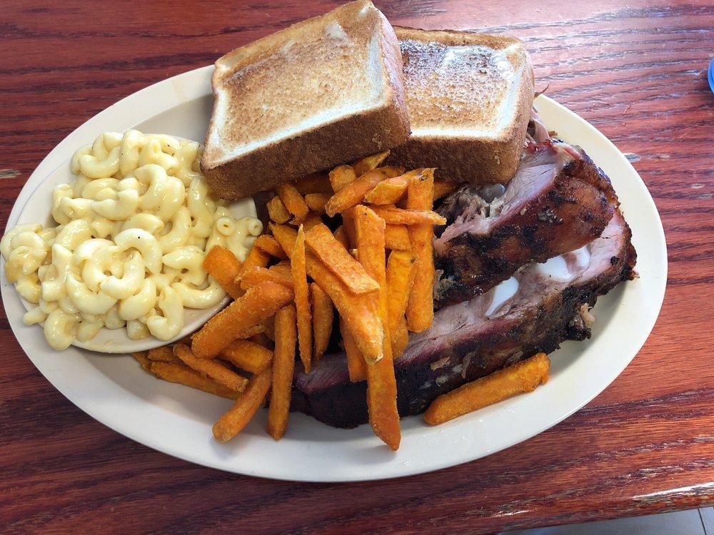Cousin Willie's Smokehouse: 280 US 90 Hwy, Baldwin, FL