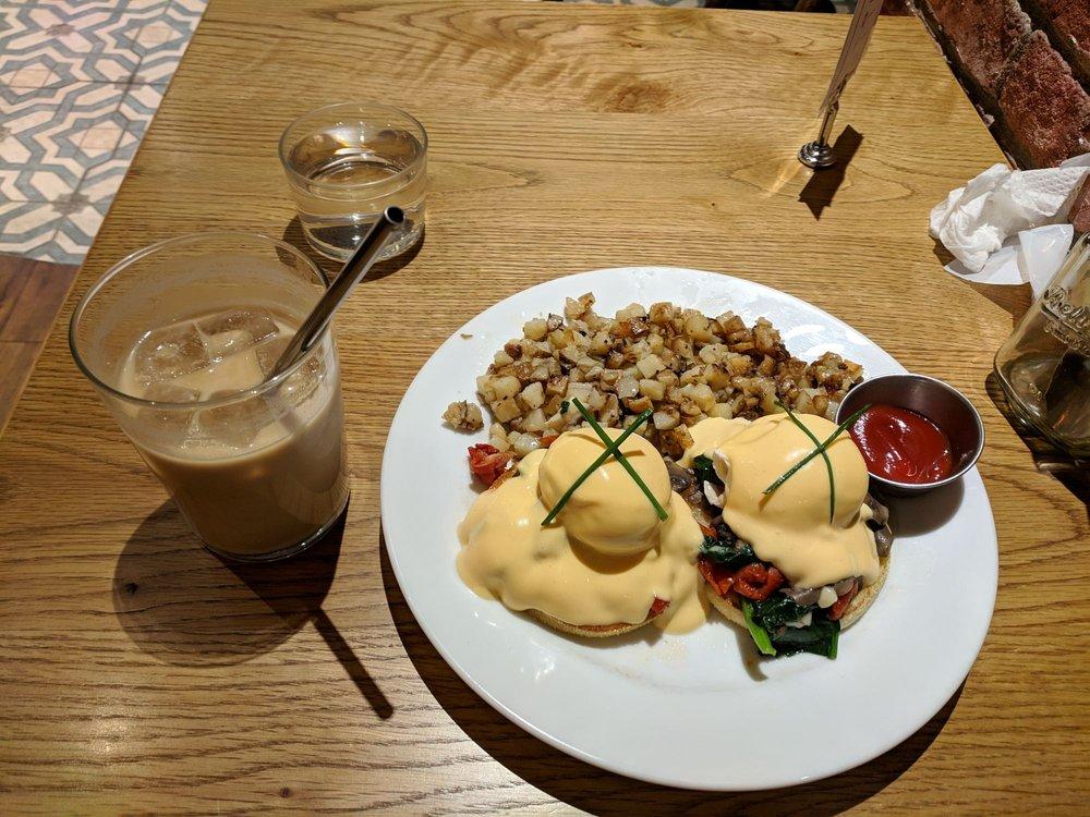 BLU JAM CAFE 代官山店の画像