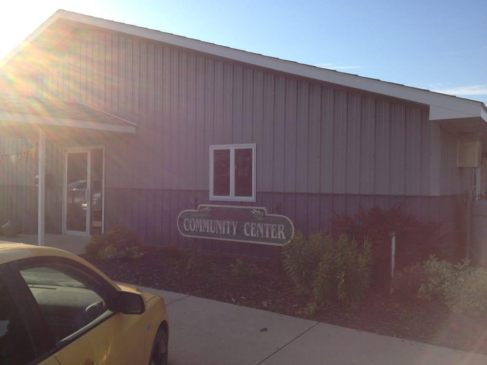 Rosholt Community Center: 19 E Main St, Rosholt, SD