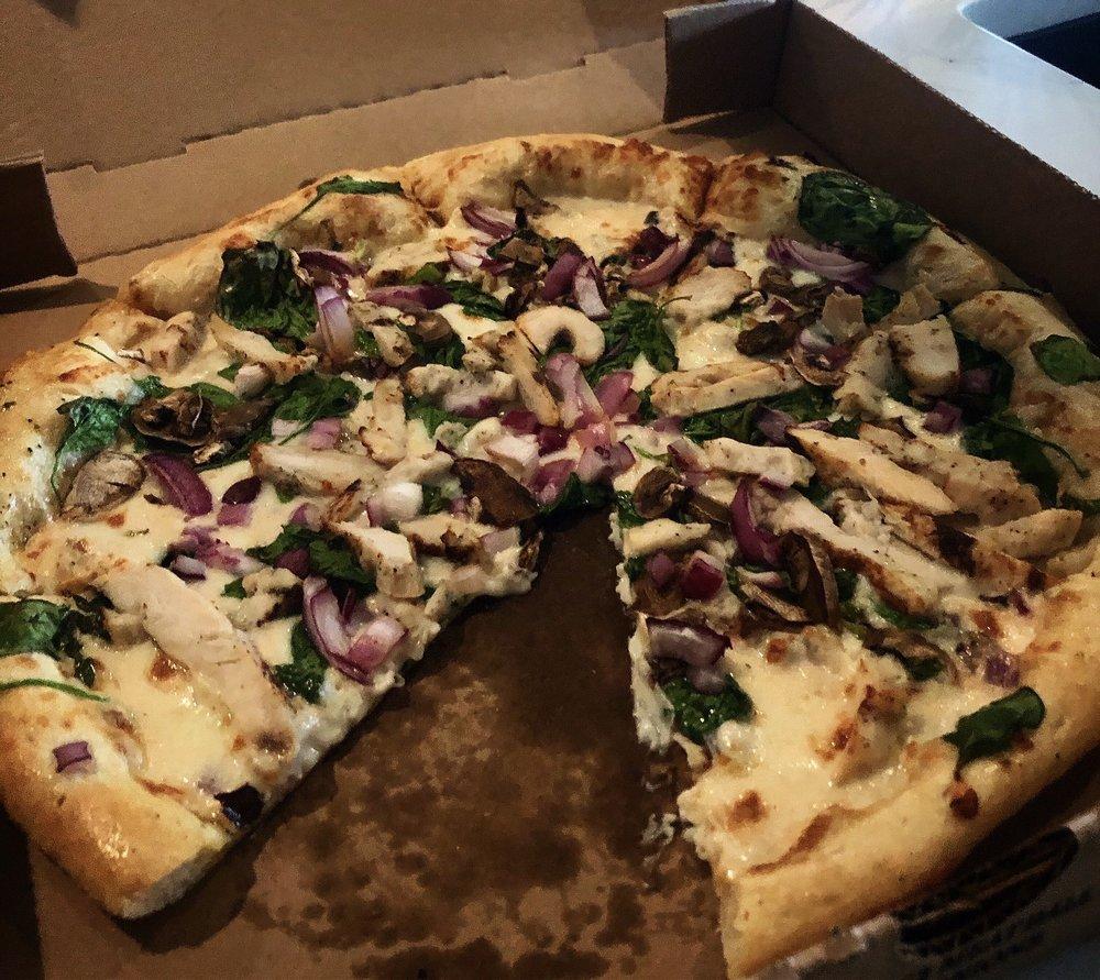 Angel's Pizza: 3010 Rose Hill Dr, Kingsland, TX