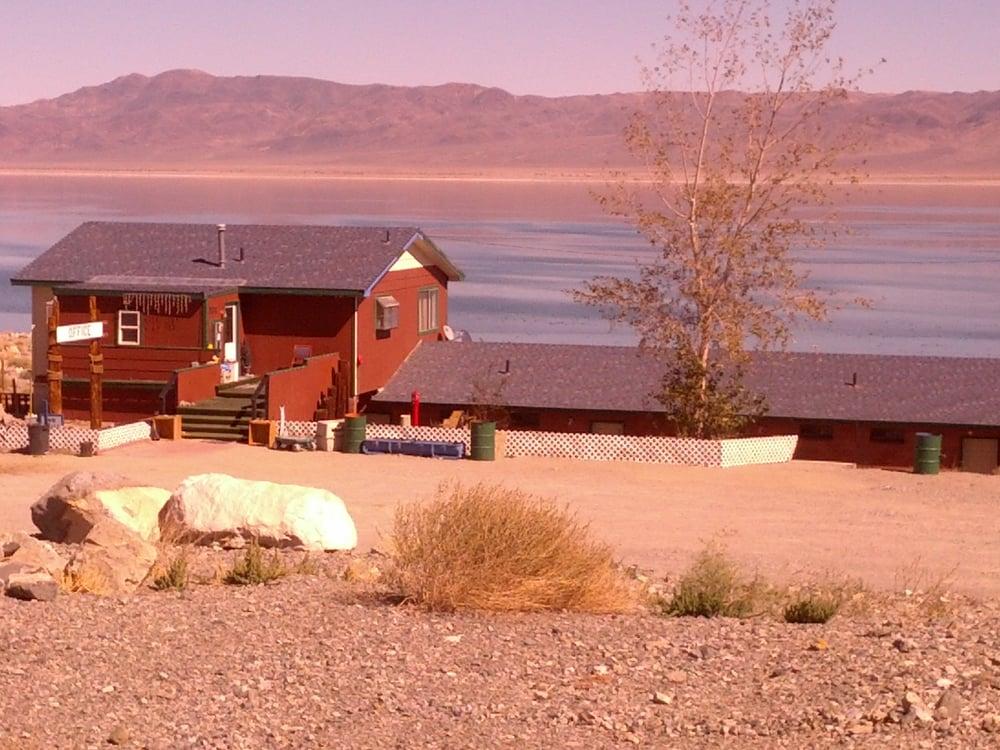 Cliff House Lakeside Resort: 331 Cliff House Rd, Walker Lake, NV