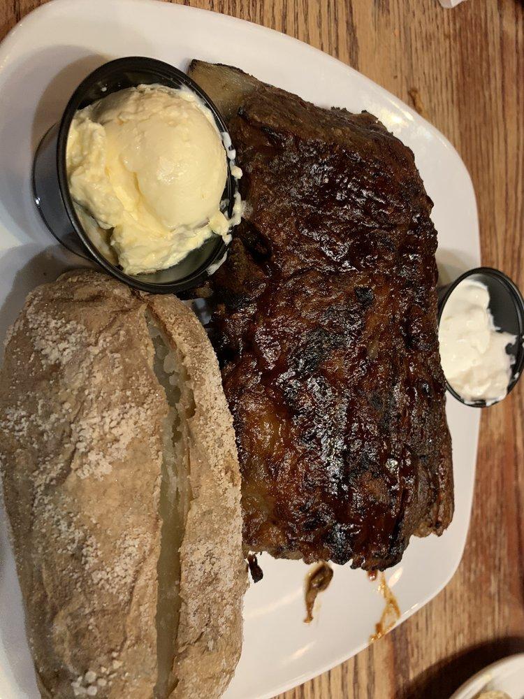 Texas Steakhouse & Saloon: 5093 Fayetteville Rd., Lumberton, NC