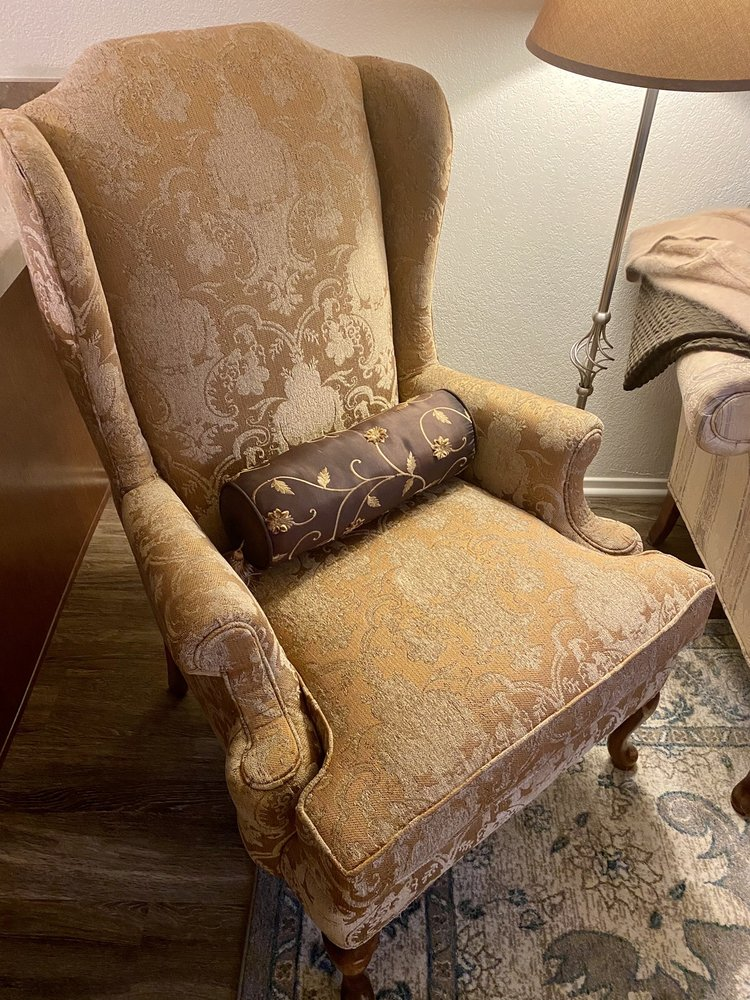 Central Valley Upholstery: 602 W 6th St, Hanford, CA