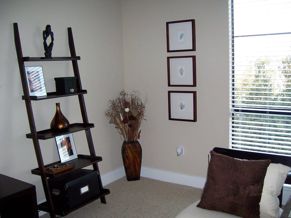 small apartment organizing decorating project simple
