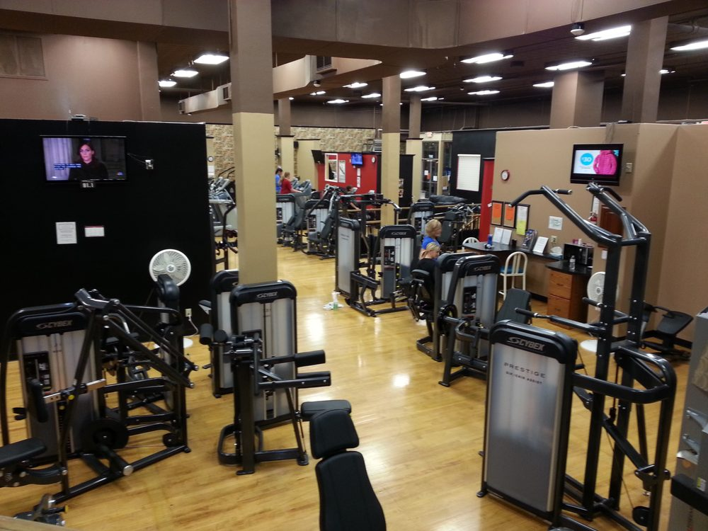 The Gym Inc.: 207 E Kemp Ave, Watertown, SD