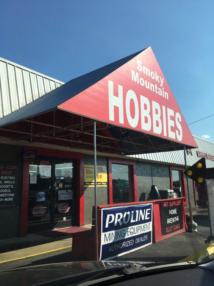 Smoky Hobbies Mountain: 13956 US Hwy 19, Andrews, NC