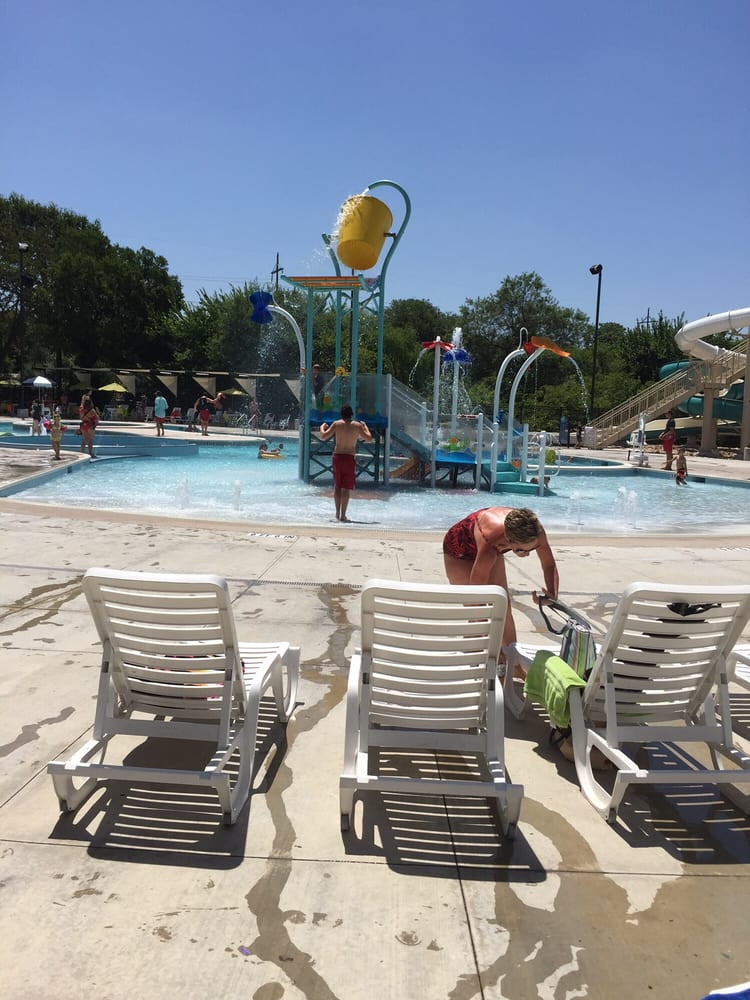 Heights Family Aquatic Center Swimming Pools 709 W Arapaho Rd North Dallas Richardson Tx