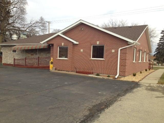 Sam's Family Restaurant: 33 W North Ave, Cortland, IL