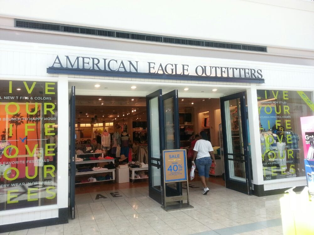 American eagle clothing store locations