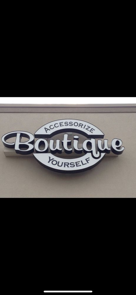 Accessorize Yourself: 706 NW 7th Hwy, Blue Springs, MO