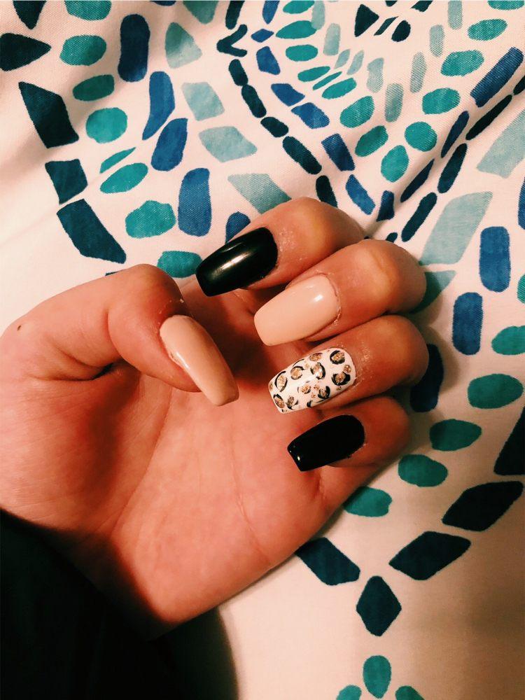 Hollywood Nails: 615 Fremont St, Kiel, WI