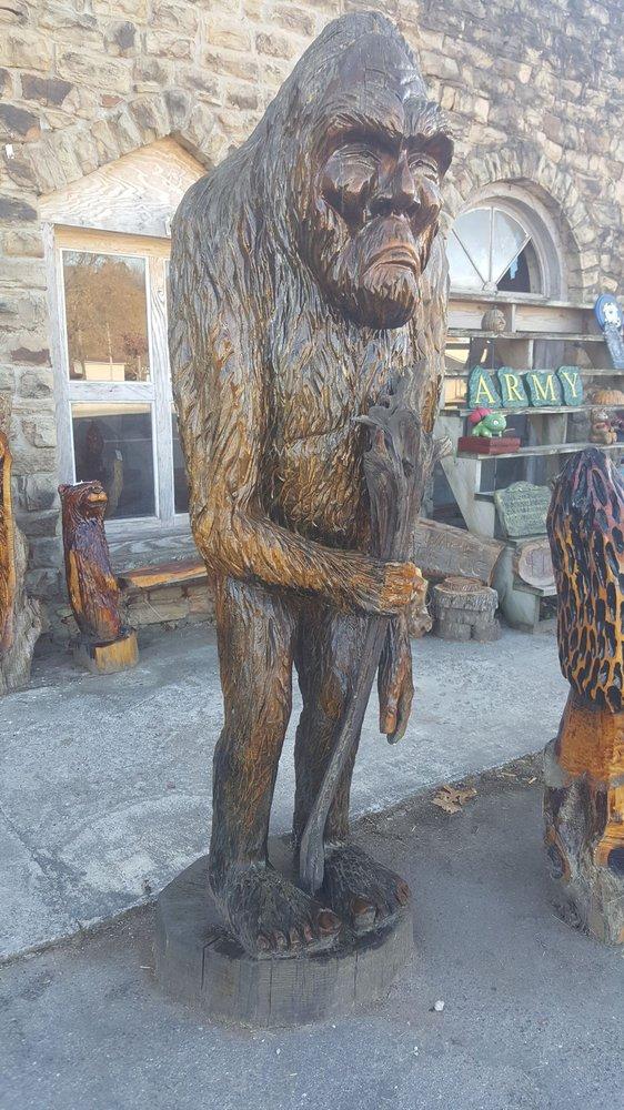 Alpena Chainsaw Art: 122 Hwy 62 E, Alpena, AR