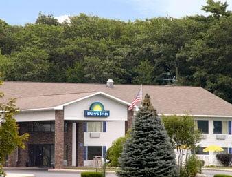 Days Inn by Wyndham Cadillac: 6001 East M-115, Cadillac, MI