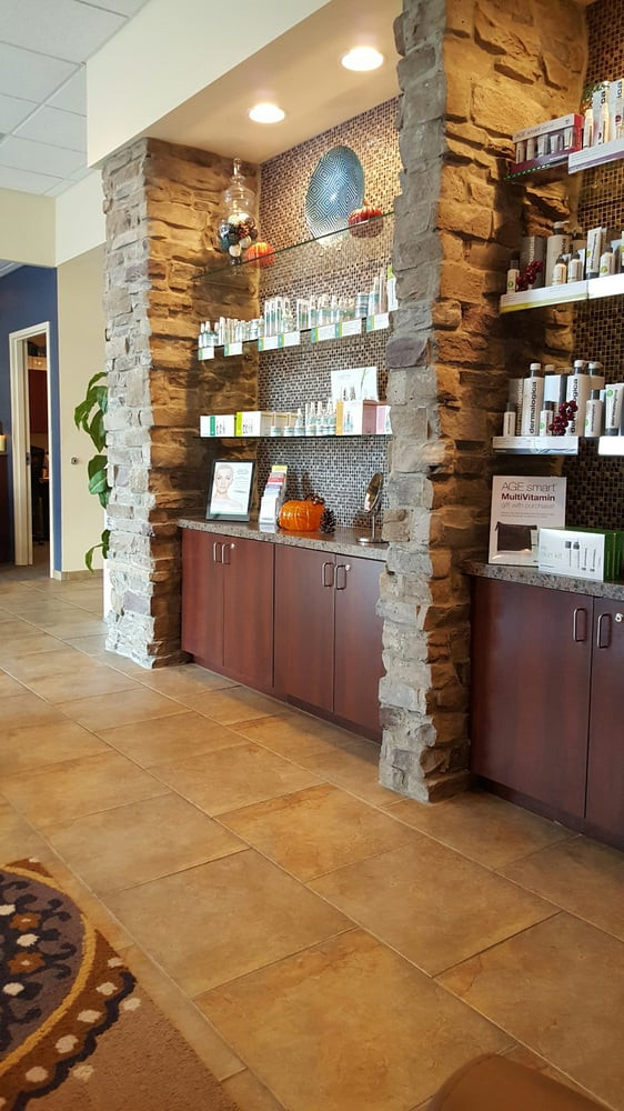 Hand & Stone Massage and Facial Spa: 606 Haddonfield Road, Cherry Hill, NJ