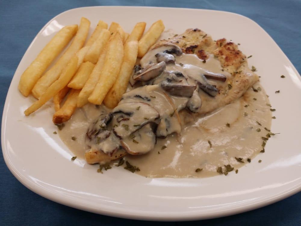Chicken breast in mushroom sauce pechuga de pollo en - Pechuga d pollo en salsa ...