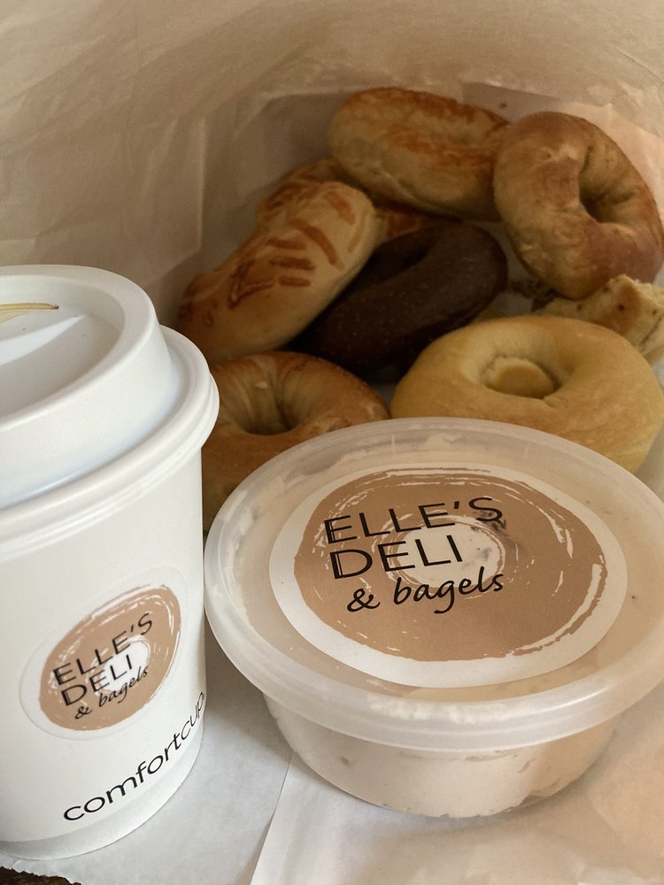 Elle's Deli & Bagels: 9471 Ackman Rd, Lake in the Hills, IL