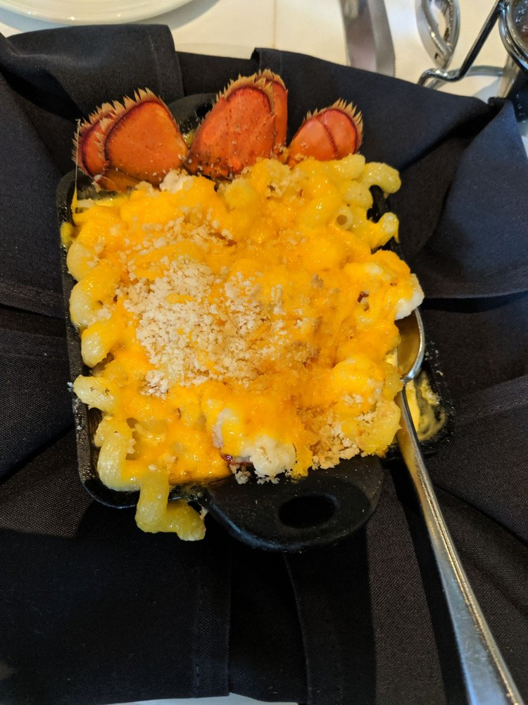 Nantucket Seafood Grill: 40 W Broad St, Greenville, SC