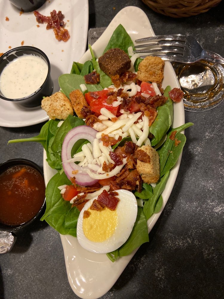 Berardi's Family Restaurant: 218 Cleveland Rd E, Huron, OH