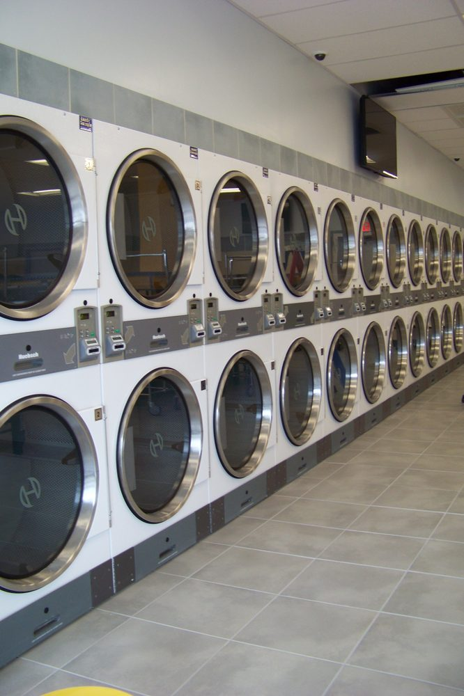 SmartWash Laundry Center: 573 William Latham Dr, Bourbonnais, IL