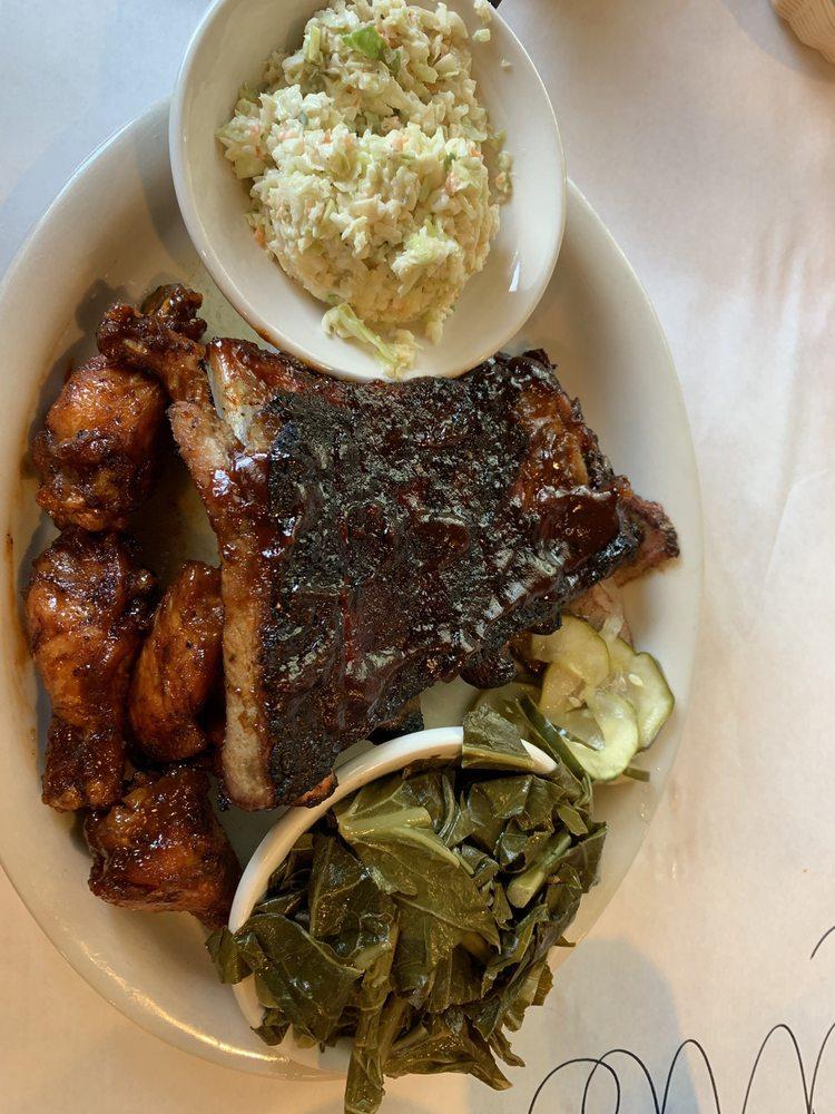 County Grill & Smokehouse: 1215 A George Washington Memorial Hwy, Yorktown, VA