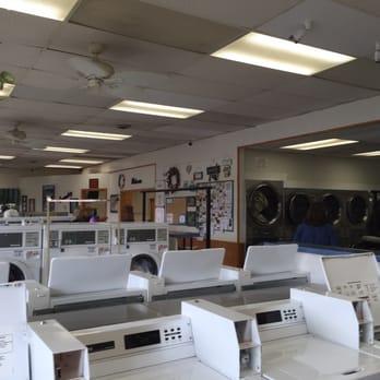 Centerville Coin Laundry 11 Reviews Laundromat 235 N Main St