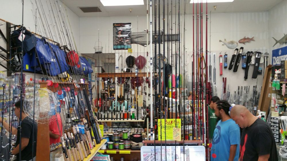 Charley s fishing supply 11 photos 27 reviews for Fishing supplies honolulu