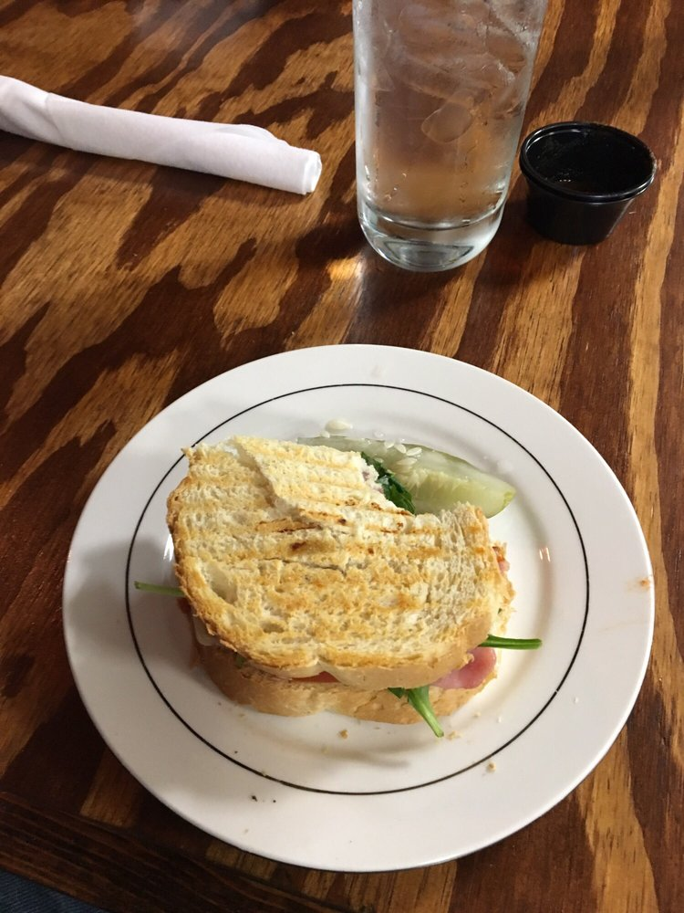 Bucha Brewhouse & Bistro: 957 Mercer St, Princeton, WV