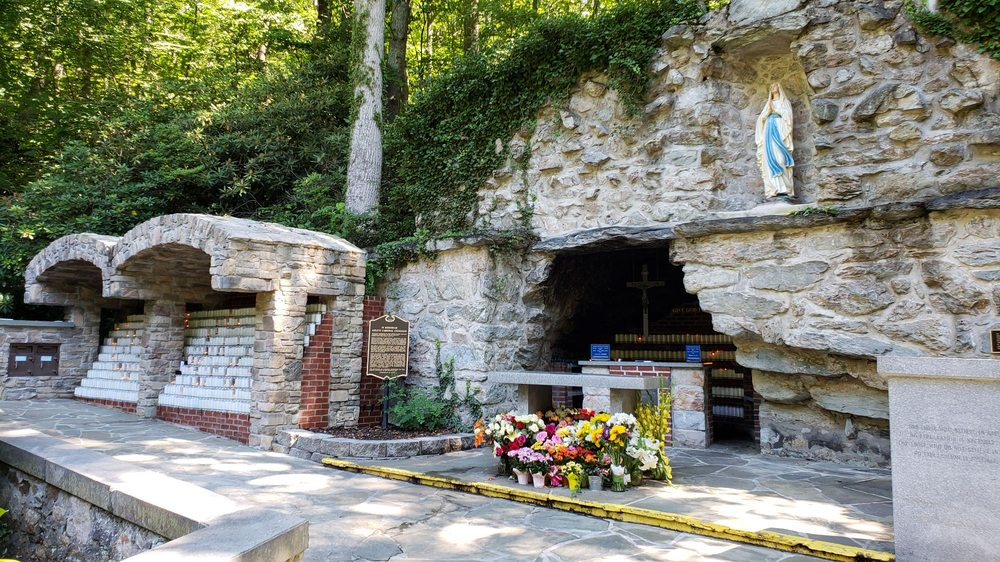 National Shrine Grotto of Our Lady of Lourdes: 16300 Old Emmitsburg Rd, Emmitsburg, MD