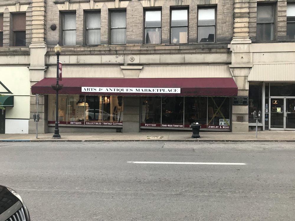 Arts & Antiques Marketplace: 205 Adams St, Fairmont, WV