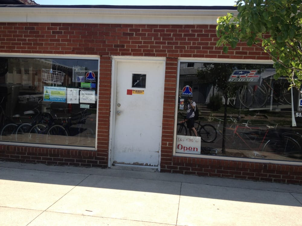 Ike's Bicycles: 111 S 6th St, Richmond, IN