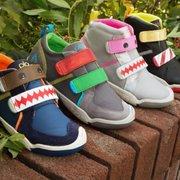 d57459fa57c Runners High  n Tri - 20 Photos   82 Reviews - Shoe Stores - 121 W ...