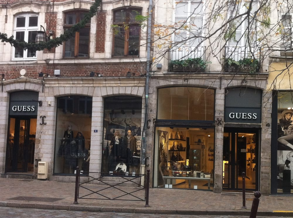 GUESS France - Accessories - 8 Place Patiniers, Vieux-Lille, Lille, France  - Phone Number - Last Updated February 3, 2019 - Yelp 0b38a2793029