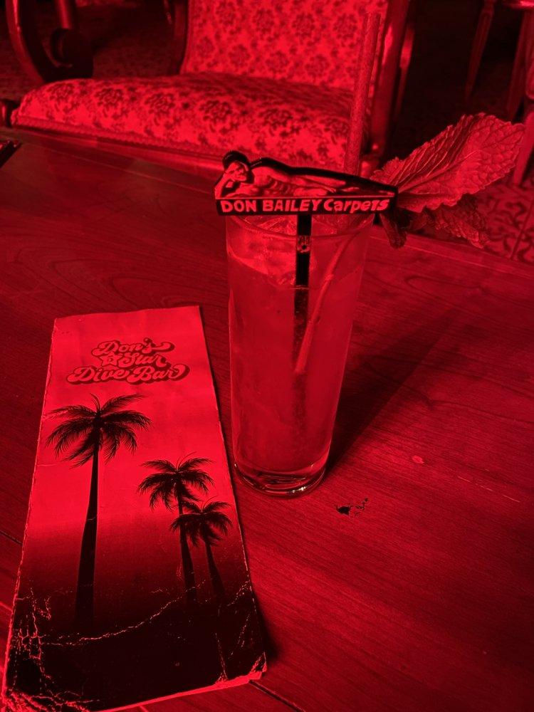 Don's 5 Star Dive Bar: 7700 Biscayne Blvd, Miami, FL